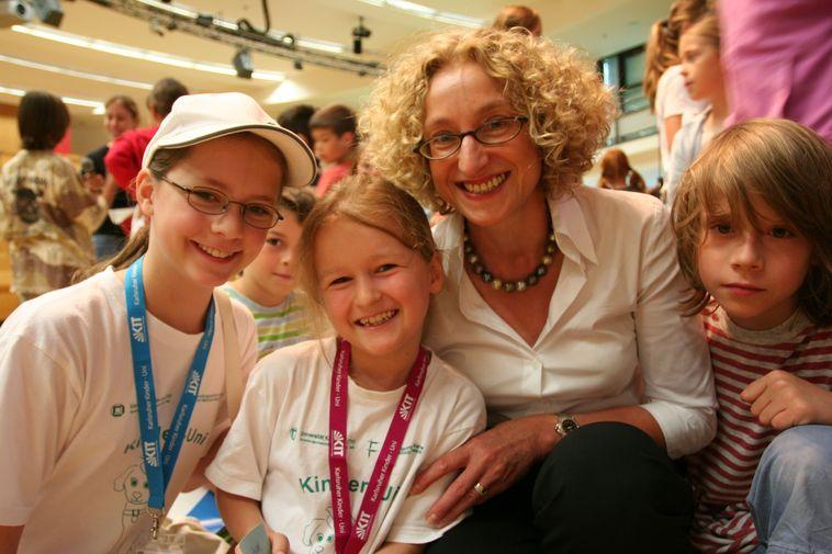 Kinder Uni mit Prof. Ovtcharova